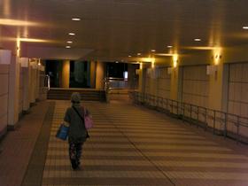 SPA&HOTEL 舞浜ユーラシア送迎バス乗り場へ